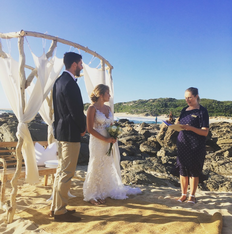 Jess and Dan Margaret River beach elopement Wendy Hendry celebrant